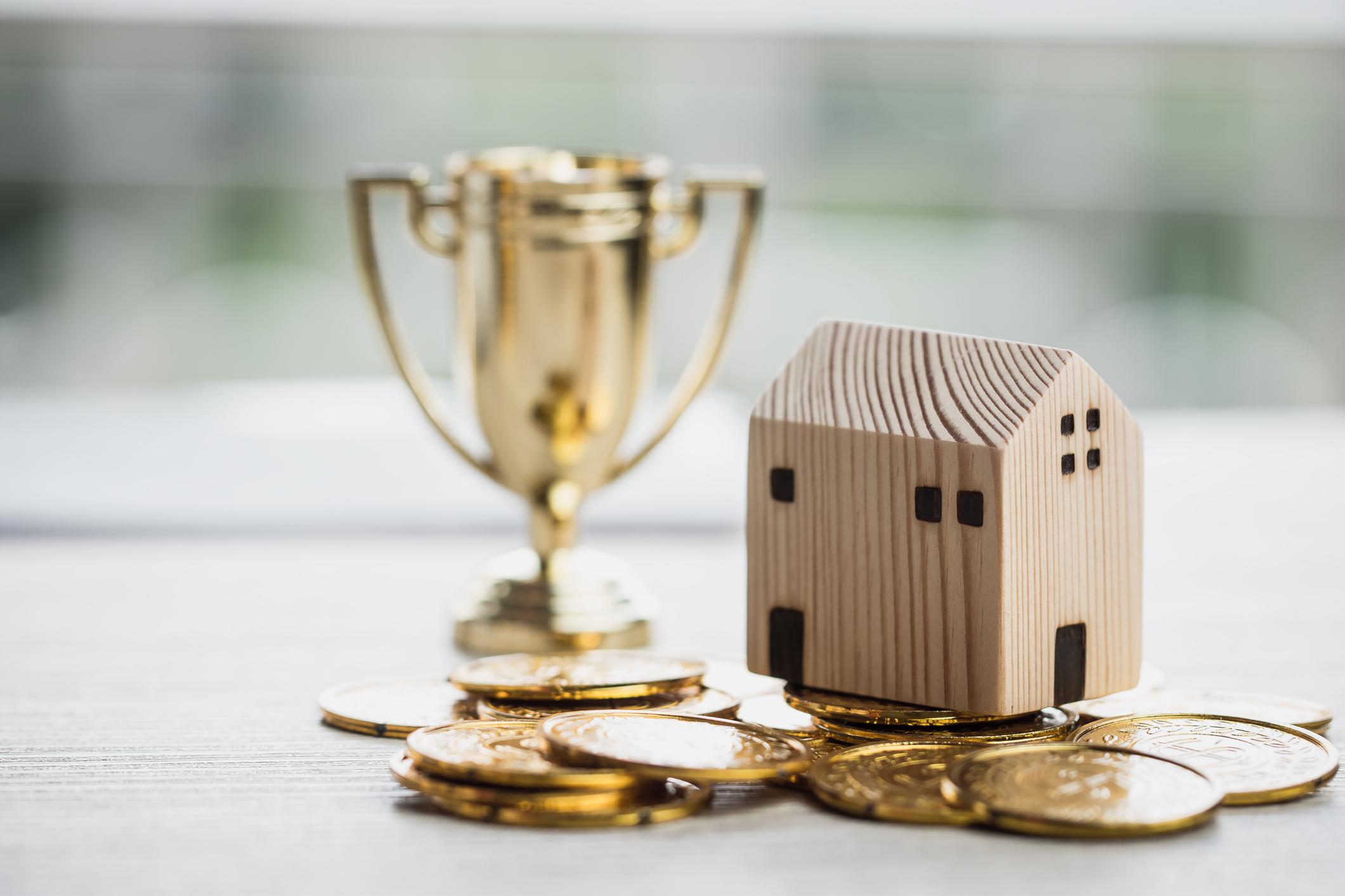 Refinansiering av gjeld forklart – flytt dyre lån og dyr gjeld